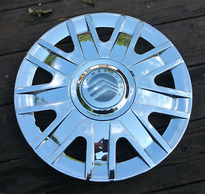Mercury Grand Marquis Hubcap 2004 2010 Fits 16 Inch Wheels 7042a 02