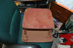 Vtg Workshop Gas Station Mechanics Creeper Rolling Metal Seat Stool Castors