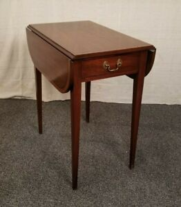 Henkel Harris Drop Leaf Mahogany 29 Pembroke Style 5406 Accent End Table 2 Of 2