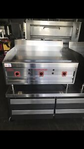 Magickitch n 36 Flat Griddle Chrome Top Gas