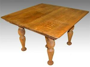 17128 Tiger Sawn Oak Dining Table Fluted Legs