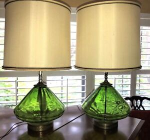 Pair Vtg Mid Century Modern Green Hand Blown Art Glass Lamps Eames Era Stunning