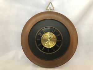 Round Wood Woodtone Elgin Wall Clock Vtg Mid Century Modern Retro Atomic Battery