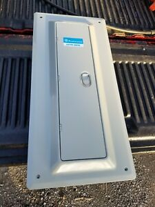 Nos I t e 100 Amp Pushmatic Electri center Panel Includes Main never Been Used