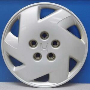 One 1998 2002 Honda Accord Lx V6 55046 15 Hubcap Wheel Cover 44733s87a00