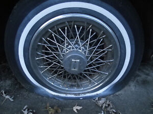 1985 Oldsmobile Delta 88 Wire Wheel Cover 4 Available