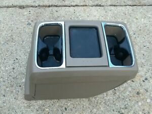 08 14 Chrysler Town And Country Grand Caravan Center Console Beige Tan