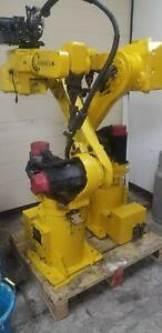 Ready To Weld Fanuc Arcmate 120i Welding Robot With Rj3 Control Lincoln 455