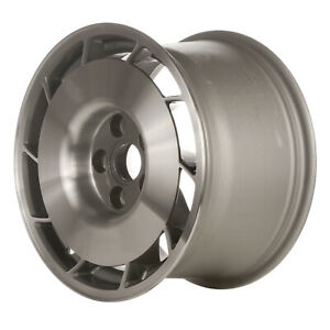 01347 10 Slot 16 Inch Right Directional Wheel Silver Machined With Painted Hub