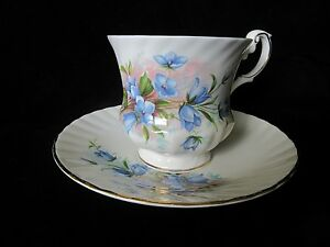 Vintage Queen S Rosina England Teacup Saucer Blue Bluebell Flowers