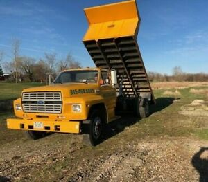 94 Ford F700 16 Flat Bed Dump Truck Low Miles