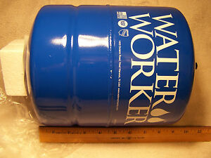Water Worker Ht 2b In line Pressure Well Tank 2 gallon Capacity Blue