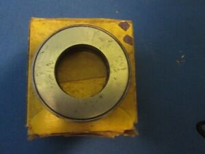 35 62 Plymouth Clutch Throw Out Bearing