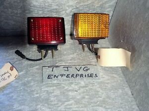 New Genuine Signal Stat 70357 Double Face Pedestal Lamp