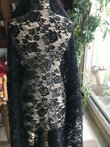 Gorgeous Vintage French Black Chantilly Lace Large Veil 1 5 Yard By 67