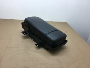 Cadillac Dts Rear Seat Armrest Black W Cup Holder 2006 2007 2008 09 2010 11