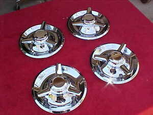 Corvette Rally Show Chrome Steel Center Caps With Stright Spinners 999 Chevelle