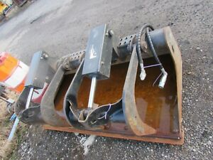 68 Bobcat Industrial Grapple Bucket