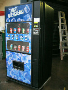 Royal 650 Bottles cans Soda pop Vending Machine live Display