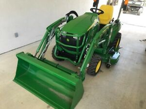 2018 John Deere 1023e Tractor With Mower Deck And Loader