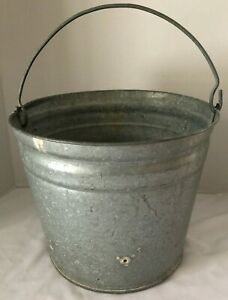 Primitive Metal Galvanized Vintage Water Pail Bucket Planter With Handle