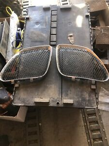 Nos New 2006 2009 Pontiac G6 Chrome Grille Inserts Gm 17802610 Left And Right