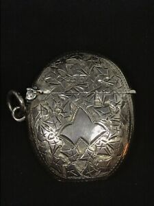 Antique English Sterling Silver Match Safe Vesta Case Chased