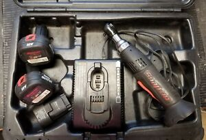 Snap On Cordless Ratchet W 2 Batteries Charger Ctr2512