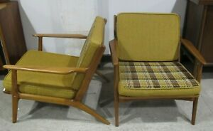 Pair Adrian Pearsall Style Spindle Back Lounge Chairs Danish Modern Arm