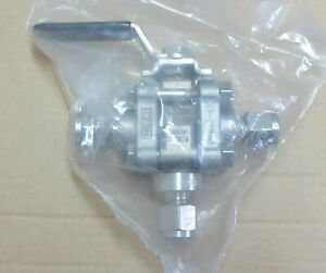 Swagelok 1 4 Tube Stainless Steel Ball 3 Way Valve Ss 62xts4 New