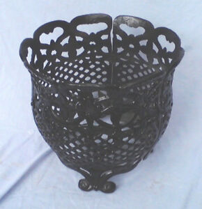 Vintage Cast Iron Footed Planter Jardini Re Garden Basket Openwork 12 Vase
