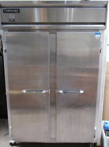 Continental 2f 57 Extra wide Solid 2 Door Reach in Freezer 52 Cu Ft