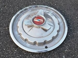 1957 Chevrolet Bel Air Nomad Hub Cap With Spinner