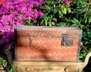 Early 1800 S Comb Painted Chest Mustard Red Original Dry Surface Paint Ne Origin