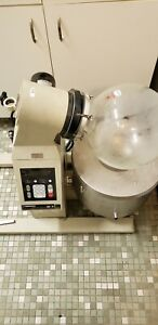 Yamato Scientific Rotary Evaporator Re 71