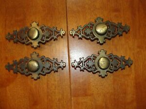 Lot 4 Large Vintage Ornate Brass Metal Drawer Cabinet Pull Knobs