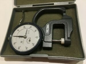 Mitutoyo 7300s Dial Thickness Gage 0 500 Range 001 Graduation
