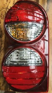 2005 2006 2007 Jeep Liberty Driver Side Tail Light Used Rear Lamp Housing