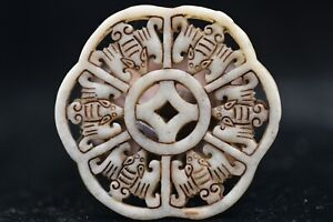 Chinese Hongshan Culture Old Jade Hand Carved Amulet Pendant Y34