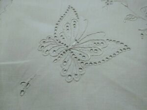 Gorgeous Antique Madeira Finely Embroidered Linen Pillowcase Flap Closure 18x15