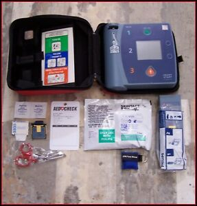 Philips Defibrillator Fr2 New 2022 Battery 09 2020 Pads Aed M3861 Heartstart