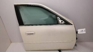 2002 2005 Cadillac Deville Passenger Right Front Door Without Armored White