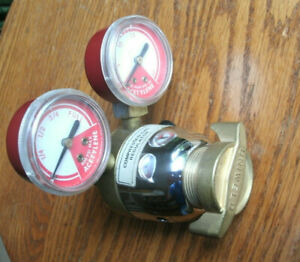 Uniweld Mc2 Acetylene Regulator Cga200 Fast Shipping See Pictures