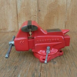 Craftsman Bench Vise With 3 1 2 Jaws Pipe Jaws Swivel Base 506 51800 Usa