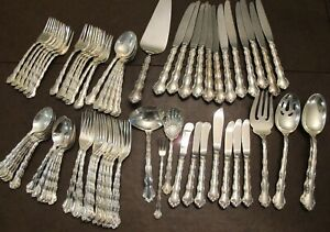 Reed Barton Sterling Silver Flatware For Scrap Or Use 2486 Grams Plus Knives