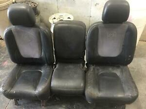 2003 Dodge 2500 Pickup Front Seats With Center Console