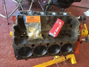 Small Block Chevy 400 Extras