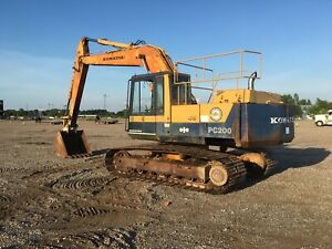 Komatsu Pc200 Hydrualic Excavator 5 9 Cummins Diesel Runs Great