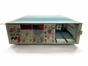Tektronix Tm 506a Mainframe chassis With Ps503a Dc504a Dc503a Am502 Modules