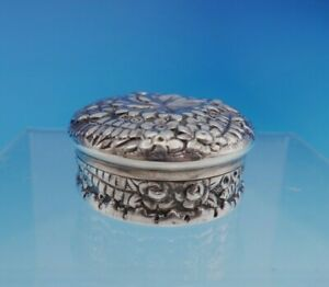 Repousse By Tiffany And Co Sterling Silver Pill Box 7927 9050 3456